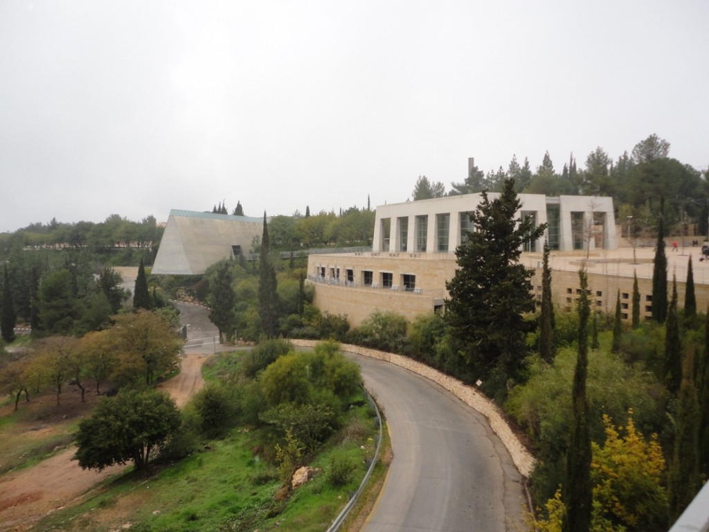 YAD VASHEM (Friday 10 February)